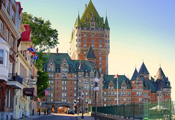 Замок и отель Шато-Фронтенак