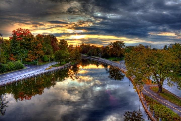 Водный канал Ридо