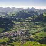 Вид на деревню Гштад